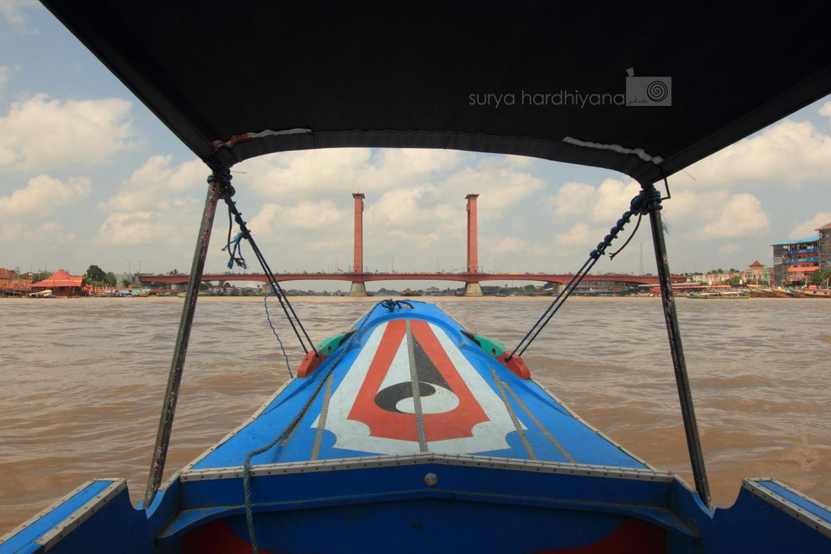 Jembatan Ampera dalam Rekaman Lensa