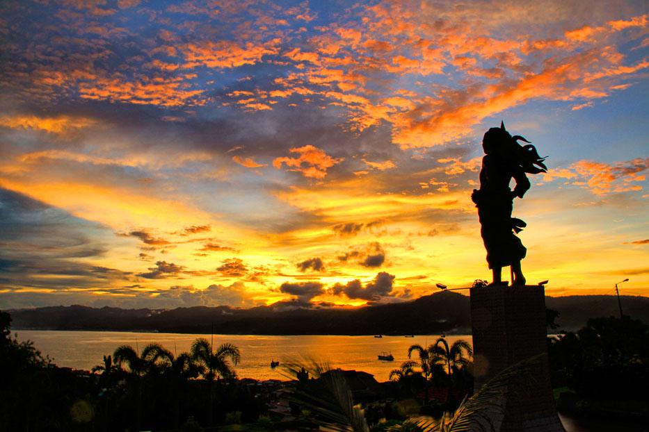 Monumen Christina Martha Tiahahu (taken from www.indonesia.travel)