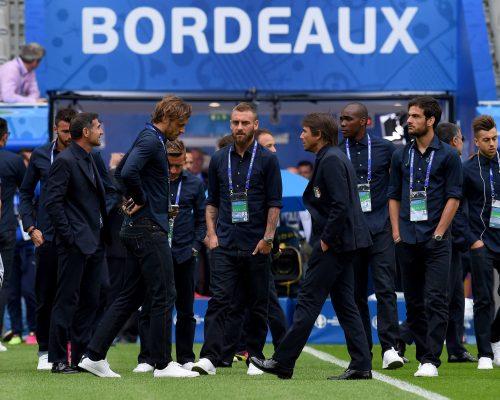 Skuad Italia mengunjungi Stade de Bordeaux (Sumber : Facebook Nazionale Italiana di Calcio)